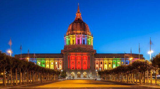 sf-city-hall-pride